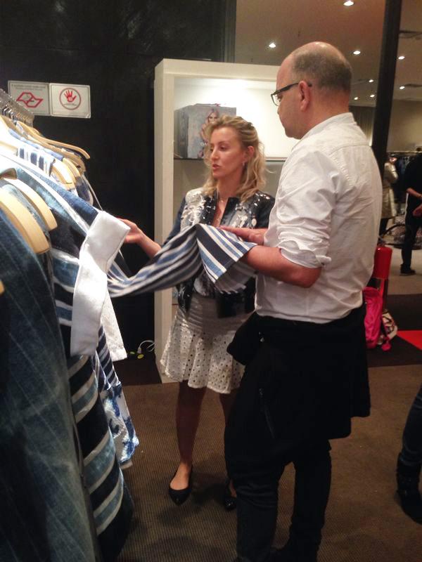 #MixPressDay Damyller Verão 2015 - Giovanni Frasson, diretor de moda da Revista Vogue conferindo nosso Verão