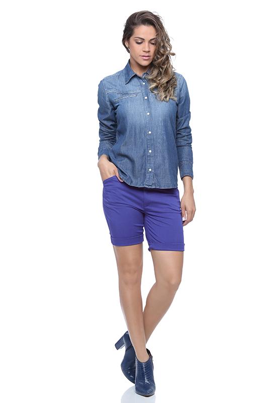 look-para-trabalho-bermuda-jeans-feminina-damyller-4