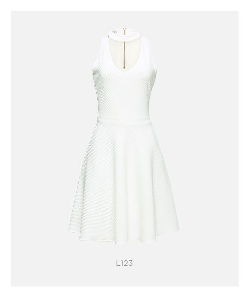vestido branco detalhe gola damyller