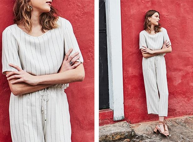 Calça pantacourt off white e listras com elástico na cintura, blusa com mangas 3/4 off white com listras.