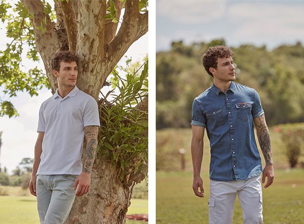 Bermuda masculina jeans claro e camisa gola polo clara. Camisa jeans de mangas curtas masculina e bermuda branca com bolsos cargos.